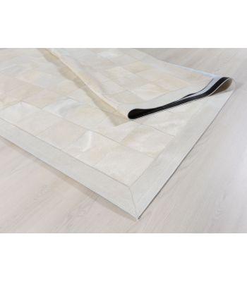 Alfombra Patchwork Blanco. Cuadros 20x20 cm. Con Cenefa.