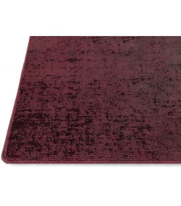 Lunar Silk. Alfombra a medida de fibra reciclada. Color Ruby. Borde Festón.